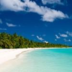 Endloser Strand zum träumden