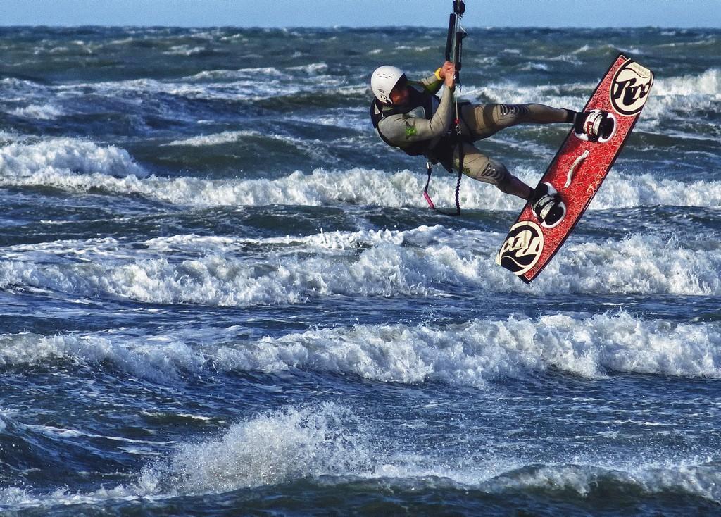 Kitsurfer am Strand von Calambrone