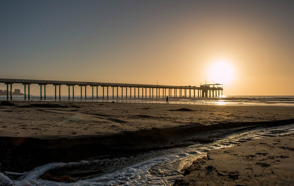 Sonnenuntergang am Scripps Pier (La Jolla, San Diego)
