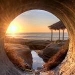 Der Strand von La Jolla in San Diego aus einem Abwasserkanal fotografieret