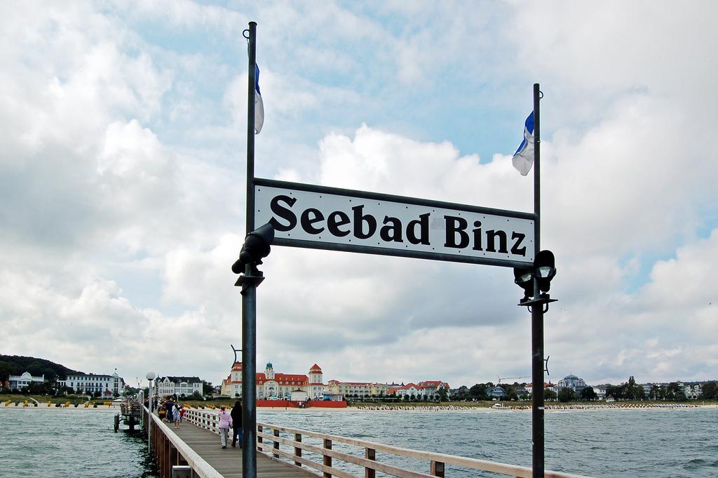 Strand von Binz von der Seebrücke fotografiert