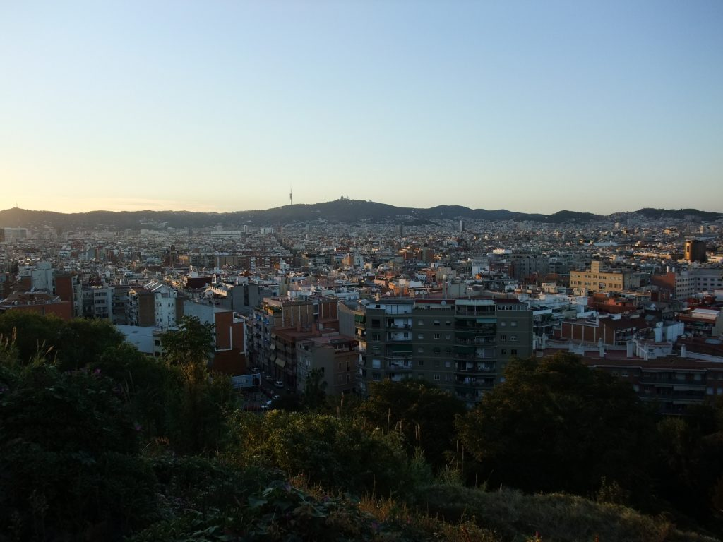 Blick vom Montjuïc über Barcelona